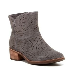UGG Gray Darling Perforated Heeled Ankle Bootie 7